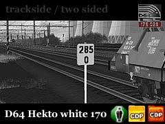 Staničníky bílé, oboustranné, na sloupku a ve výšce cca 170 cm