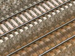 Koleje s betonovými pražci (Bald)